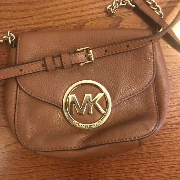 1b67f5f8ae0ba1 MICHAEL Michael Kors Bags | Brown Leather Crossbody Bag | Poshmark